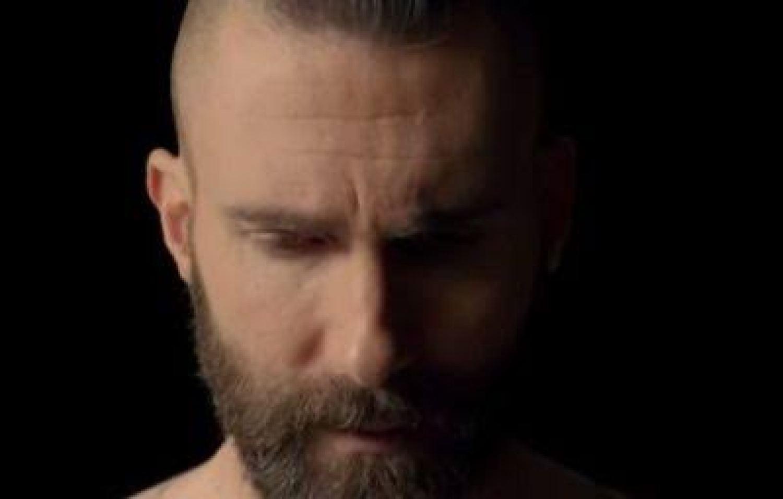 DOWNLOAD MP3: Maroon 5 – Memories AUDIO 320kbps