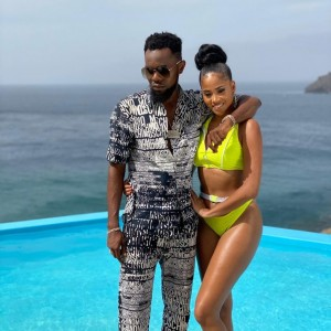 "Patoranking Show's Off His Rumored Girlfriend As He Professes His Love For Her On Instagram The popular Nigerian music artiste ""Patoranking"" took to instagram to profess his love for an instagram slay queen ""Saidy Monteiro"" with the caption:-"