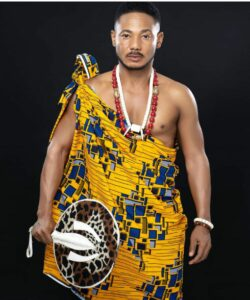 Frank Artus Is Back To Nollywood, Check Out Loved Up Photos Of Him On Movie Set