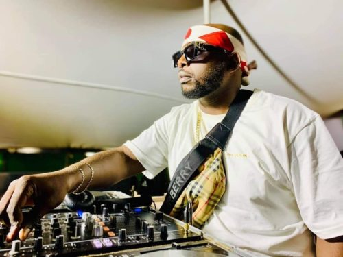 DJ Maphorisa, Soa Mattrix & Mas Musiq – Umama Akekho Ft. Nkosazana Daughter