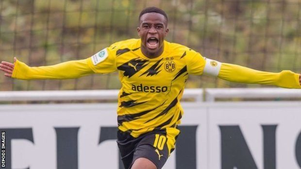 141 goals in 88 youth games  Meet Dortmund's sensational 16-year-old, Youssoufa Moukoko.(Read More)