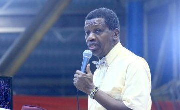 Don't Cry For My Son, Keep Praying For Us – Pastor Adeboye