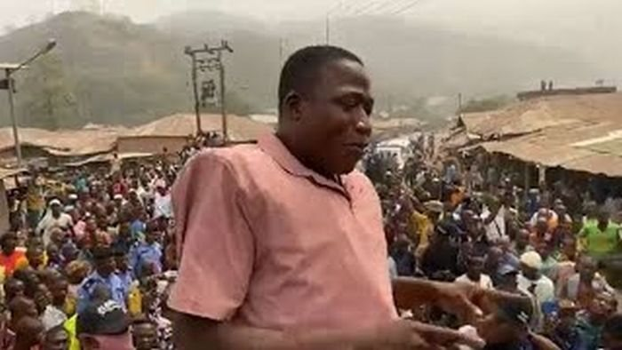 Mammoth Crowd As Sunday Igboho Storms Fulani Herdsmen Community In Oyo State (See Video)
