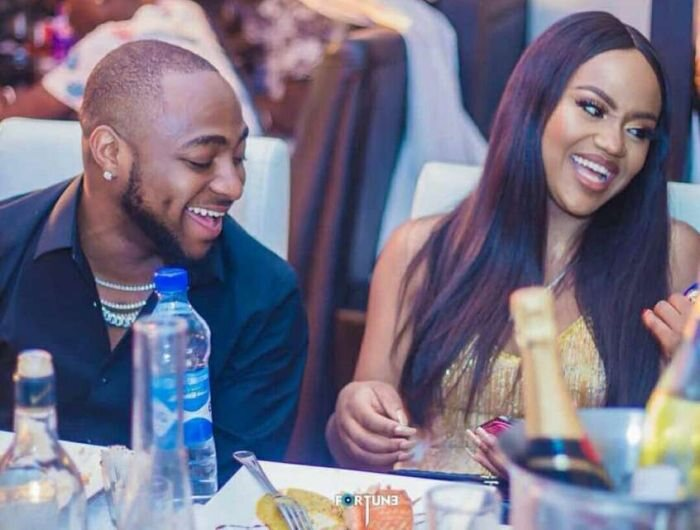 The 'Real Story' Behind Davido And Chioma Breakup Rumour (Nigerians React)