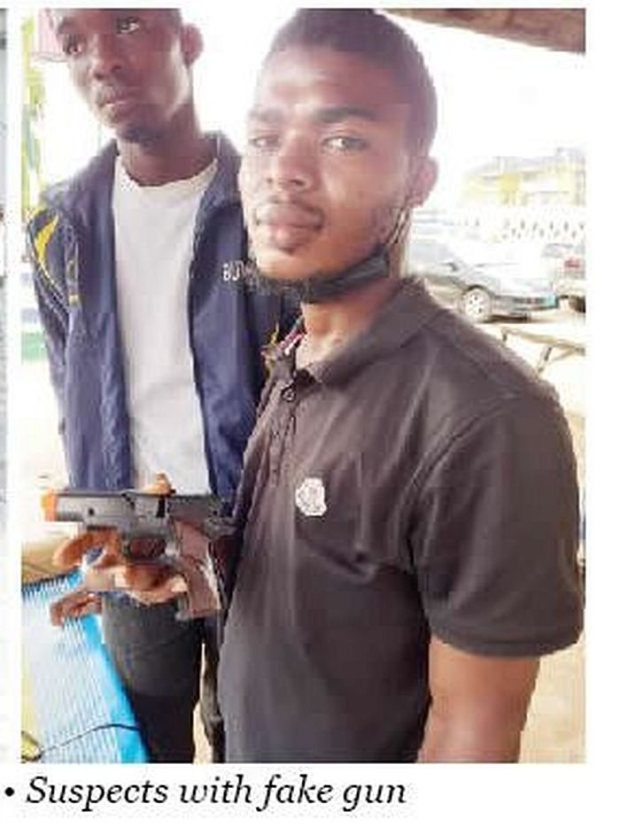Two Men, Kehinde & Ayomide Arrested For Robbing Lagos Residents With Fake Pistol (Photo)