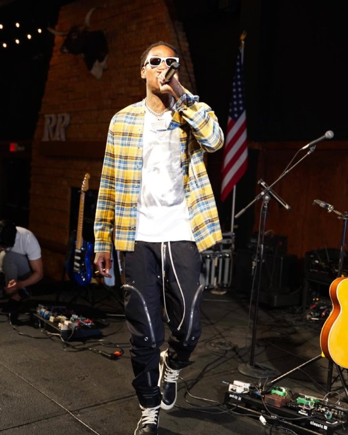 Rapper Wiz Khalifa recovers from Covid-19 after two weeks of Isolation
