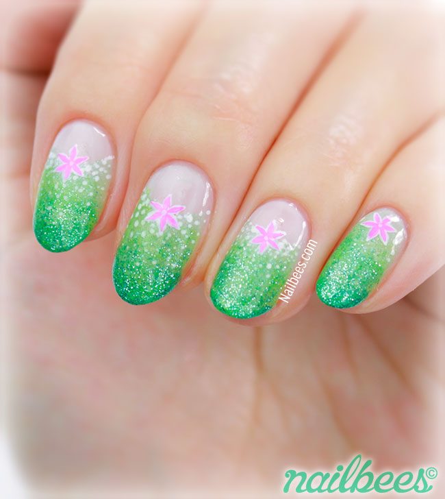Frozen Inspired Nail Art Queen Elsa And Princess Anna By Kary