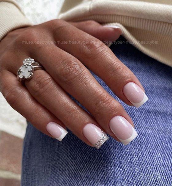 Свадебный маникюр для стильной невесты 2021 - 84