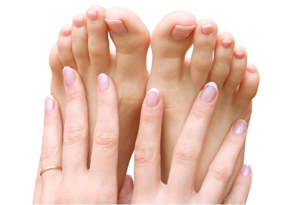 Home Remedies For Yellow Toenails