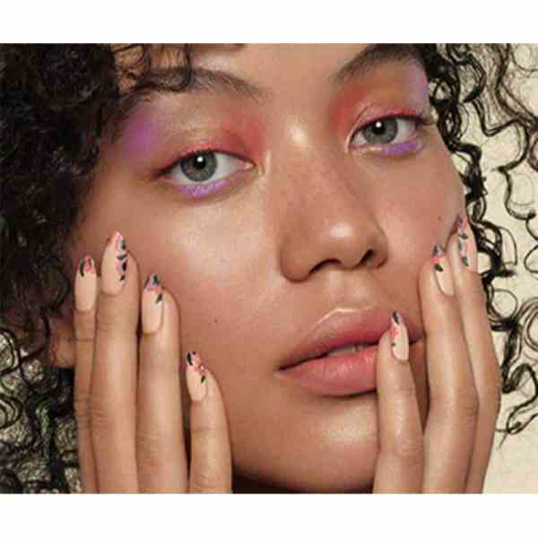 Model of Sweet Escape Collection 2019 Spring Collection with nail art