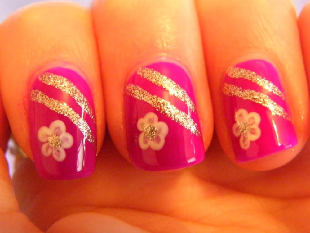 Mrs. Robinson Manicure (5/5)