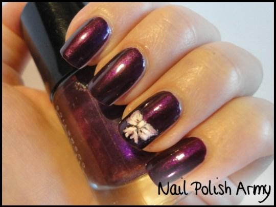 Catrice-110-poison-me-poison-you-violet-nail-art-bow
