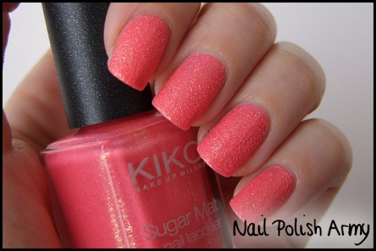 Kiko-sugar-mat-641-rosa-fragola-strawberry-pink-3d-polish