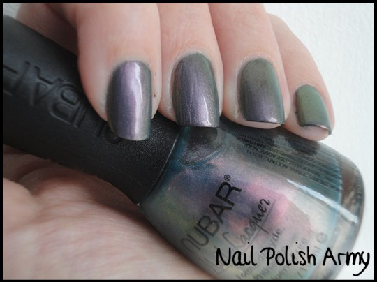 Nubar-indigo-illusion-multichrome-layered-on-black-2