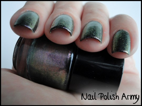 Primark-nail-polish-set-smalti-duochrome-metallic-5