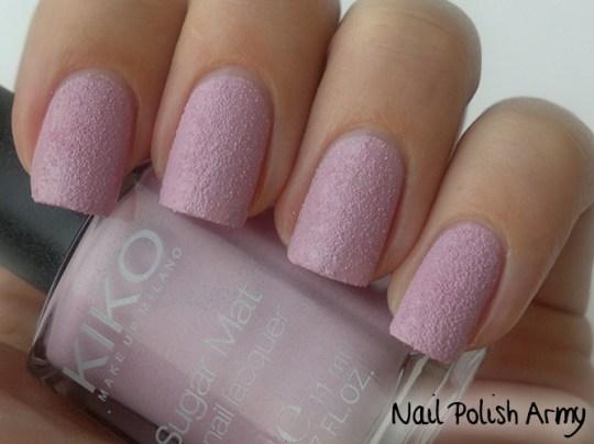 Kiko-Sugar-Mat-634-Lilla-Lilac-swatch-sand-effect-nail-polish-smalto-effetto-sabbia