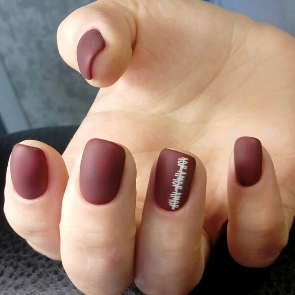 Brown manicure for short nails