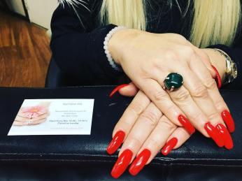 lange-rode-nagels-nagelstudio