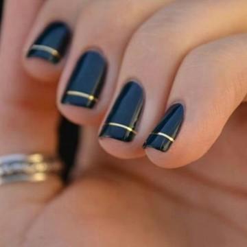 nails-coruna