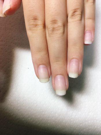 ベースを残した爪