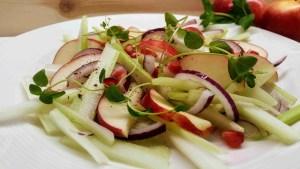 Detoks toit Detoks dieet. Organismi puhastamine toiduga. Immuunsüsteemi tugevdamine. Detoks toidud, detoks smuutid, detoks veed, kombuchad.