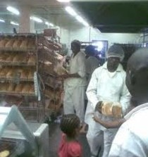 Shoprite bread and the long queues