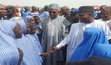 Dangote Visits Borno, Donates N2 Billion To IDPs