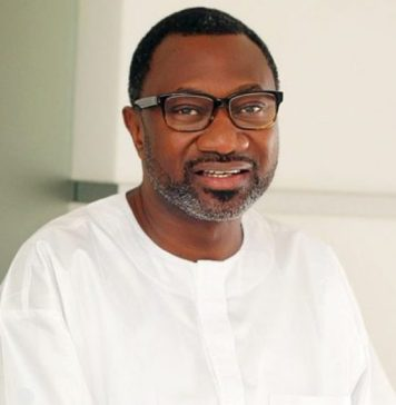 Otedolaagain explores his philanthropic prowess, Nigerians are freaked out as Femi Otedola donates N5 billion to charity