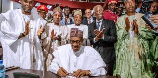 Buhari signs AfCFTA in Niamey, Niger State.