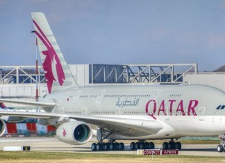 Qatar Airways lost $693 million in one year