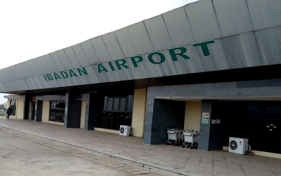 Domestic flights resumed operations on Thursday  at the  Ibadan Airport after three months  of suspensed  operations at the local airports across the country due to the outbreak of COVID-19 pandemic.   The News Agency of Nigeria reports that operations at the Ibadan Airport resumed with strict adherence to COVID-19 protocols.   The Airport security and […]