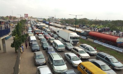 Panic over gas leakage in Magboro area on Lagos-Ibadan expressway, FRSC blames Lagos-Ibadan gridlock on Christmas, trading activities