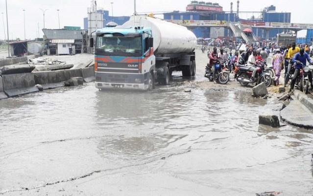 Girdlock:FG shutsApapa-Tan Can roadfor repairs