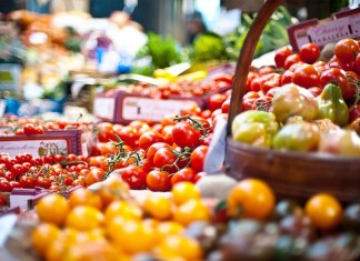 Tomatoes, pepper prices crash across major markets, as local rice continues to ease-off