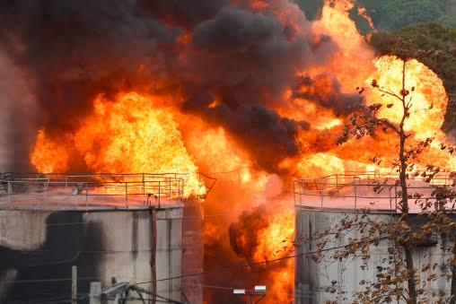 BREAKING: Tank farm in Apapa reportedly on fire