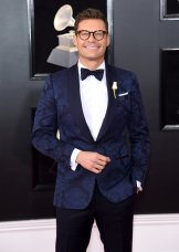 Nairobi Fashion Hub ryan-seacrest-grammys-red-carpet-2018