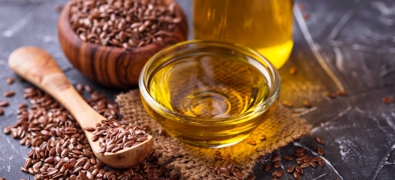 Help Your Hairs to Grow and Be Shiny With the Flaxseed Oil