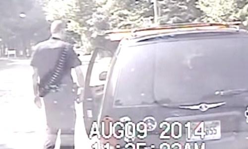 交通違反で車を止めたら、思いもよらない事態が・・・!(動画)