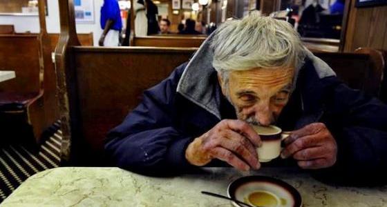 ナポリから世界中に広まった心温まる風習「保留コーヒー」が素敵
