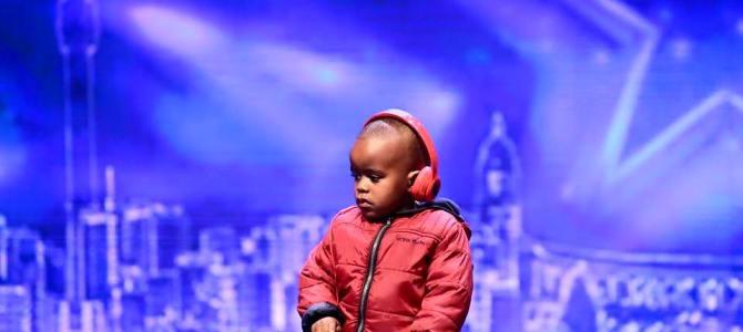 南アフリカのオーディション番組に「3歳児のDJ」が登場!そのテクニックに観客総立ちで大盛り上がり!