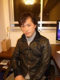 高橋祐也は2018年現在も月100万円のお小遣い&高級マンション!