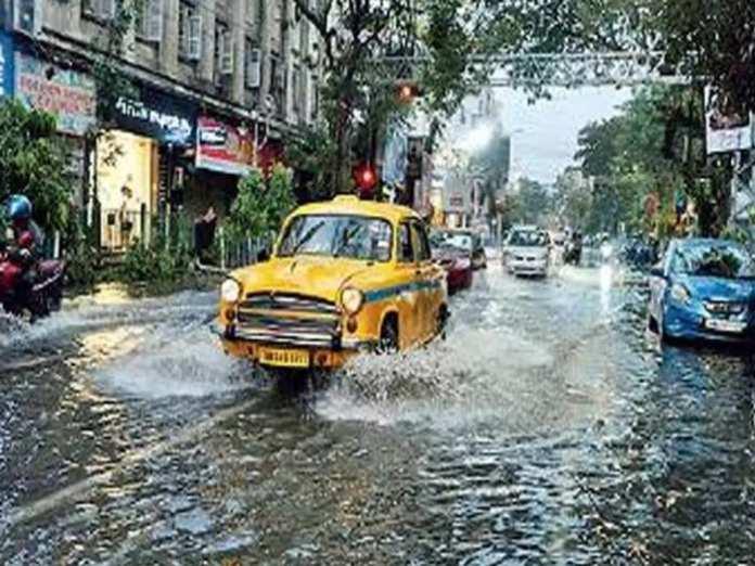 কলকাতা ভিজবে বিক্ষিপ্ত বৃষ্টিতে