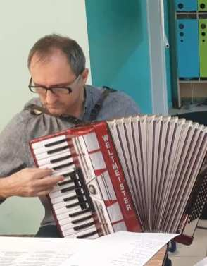 Marek Czarnowski - muzyka i plastyka