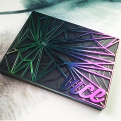 We have in stock the gorgeous Urban Decay Vice 4 Palette! Comes with double ended high quality brush and a bag!