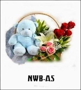 Boneka dan Bunga