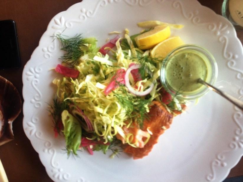 Restauracja Arken, Køge - sałatka z wędzonym łososiem