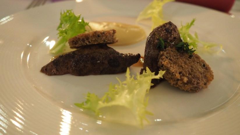 Złoty Róg Kostrzyn - Wątróbka z sarny z puree z gruszki