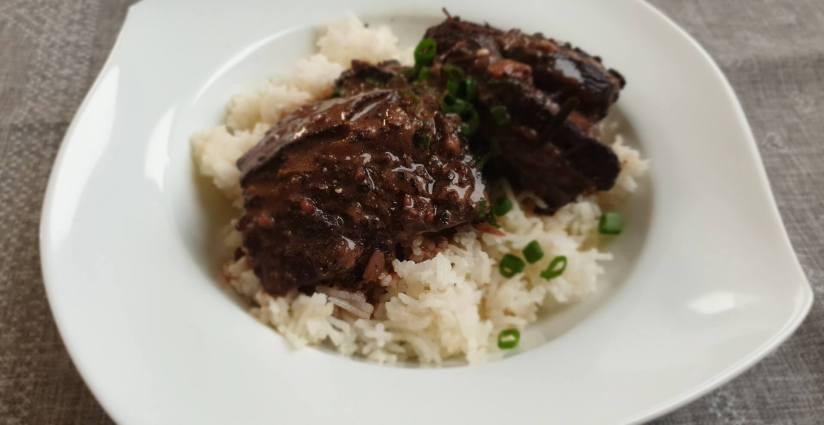 Wołowina duszona w sosie pieprzowym