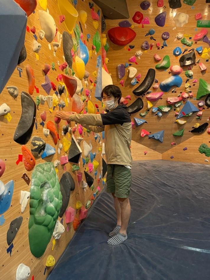 登り方を説明してくれている上野さん