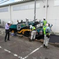 アスファルト舗装工事現場プロによる写真撮影